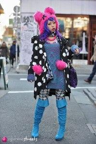 130210-2233 - Japanese street fashion in Harajuku, Tokyo