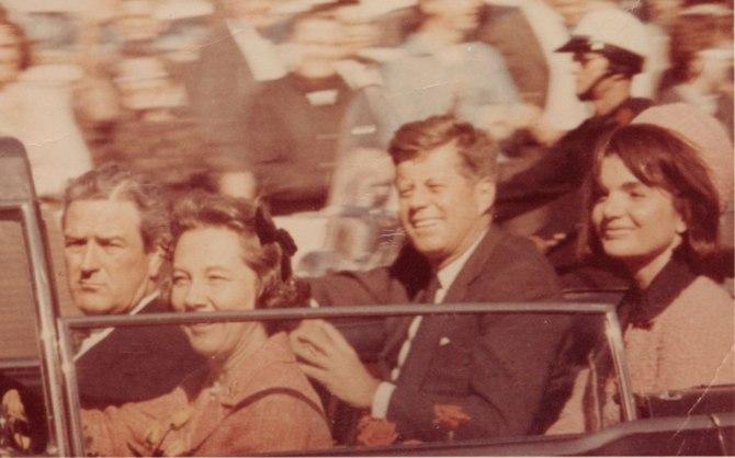 JFK-jackie-and-JFK_Unidentified-Photographer-ftr